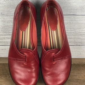 Clark's Women's Burgundy Loafers 7.5 Leather